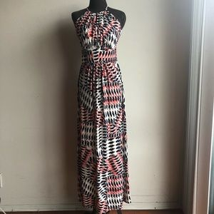 Maggy London sz 4 halter geo maxi dress